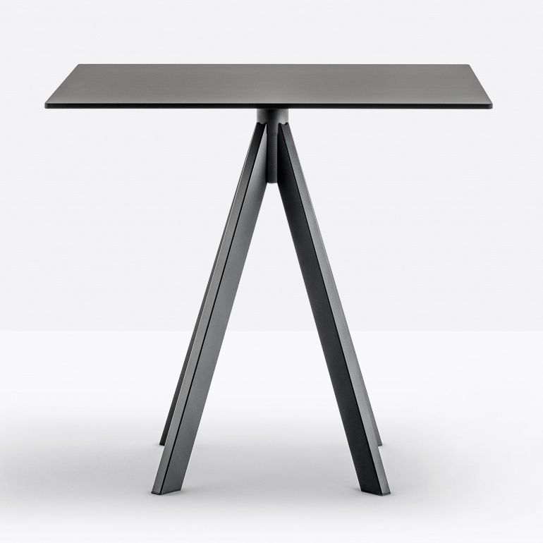 table bases ARK4